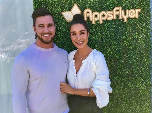 Tobi Pearce wiki, engagement, fiancee, height, sister, net worth, age