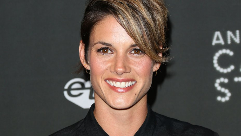 Missy Peregrym wiki, married, husband, boyfriend, movies and tv shows, tattoos, ethnicity, networth