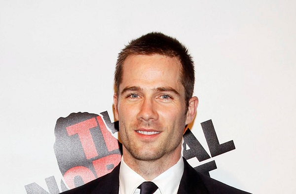 Who Is Luke Macfarlane Partner? Know His Height, Net worth, Bio, Sisters, And Parents