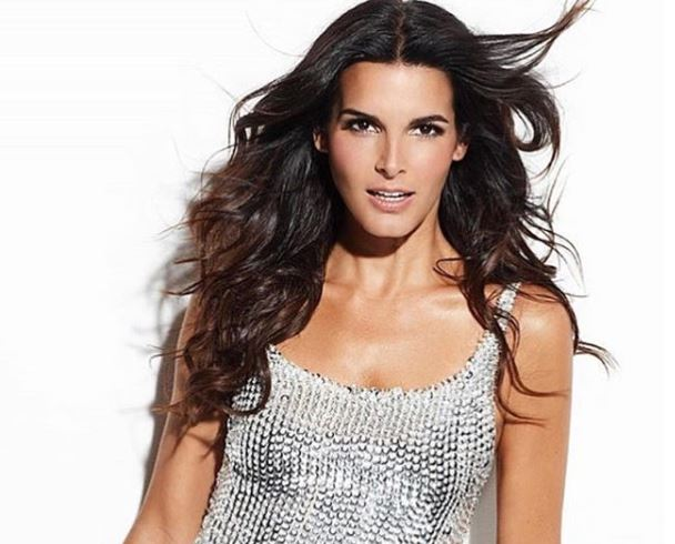 Angie Harmon dating life