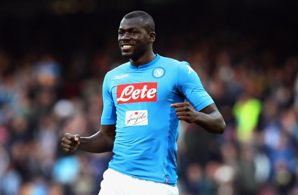 Kalidou Koulibaly is married to his girlfriend turned wife and has a child with her. For this years' transfer market, he is linked to Manchester United and Arsenal. Know more about Kalidou Koulibaly's age, ethncity, married, career, net worth, transfer, and much more in this wiki-bio.