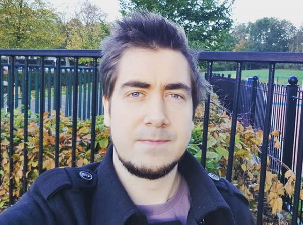 Zizaran wiki, bio, age, real name, girlfriend, net worth, family