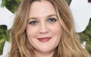 Drew Barrymore bio, wiki, net worth, married life, net worth, dating, divorce, and movies.