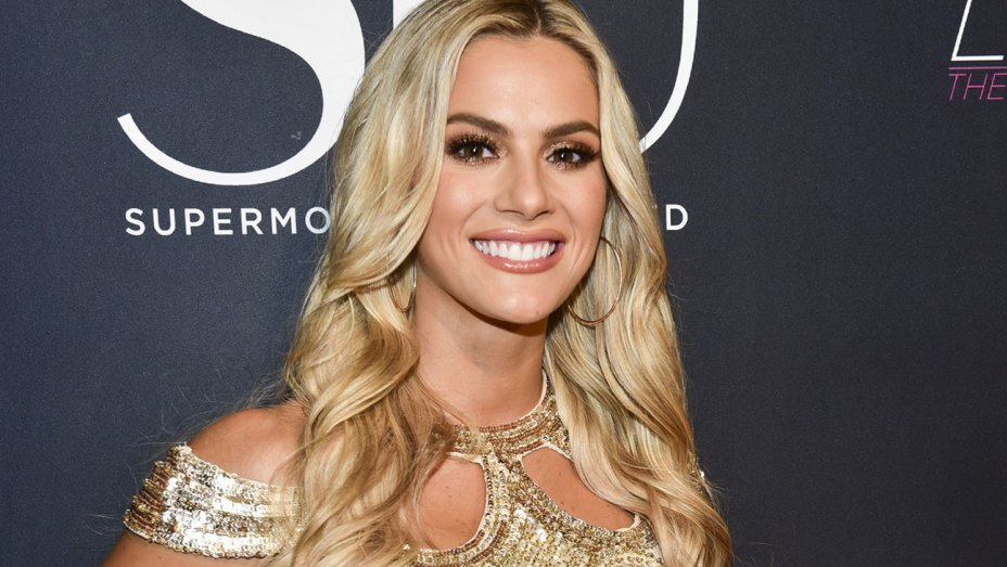 Sarah Rose Summers couldn't win the Miss Universe 2018