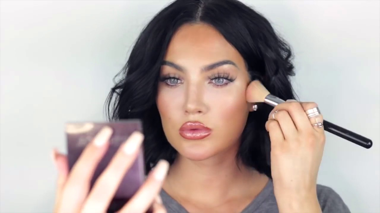 Natalie Halcro Boyfriend, TV Shows, Net Worth, Age, Height, Nationality