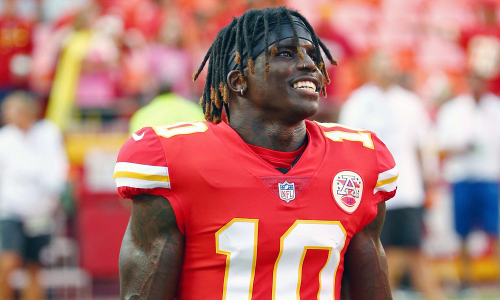 Tyreek Hill engaged, girlfriend, wedding, Crystal Espinal
