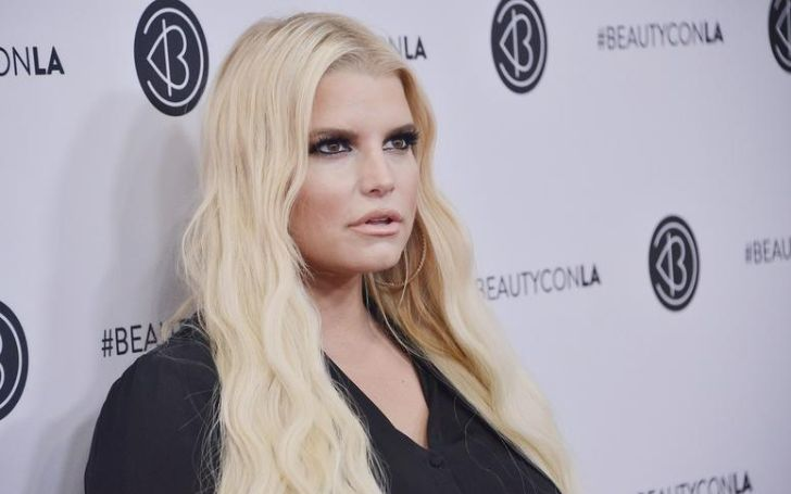 Jessica Simpson married,