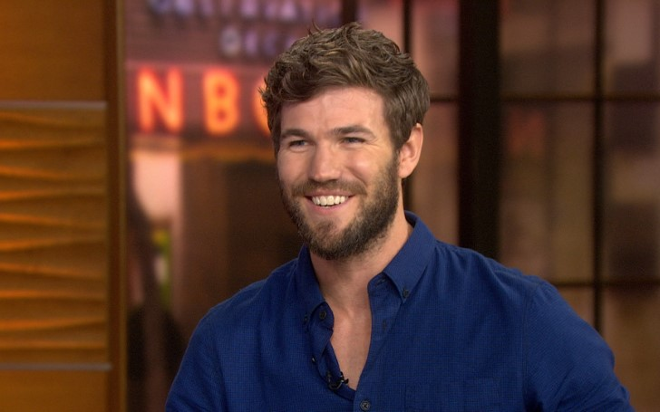 Austin Stowell's Career In The Movie Industry; Know About His Wiki-Bio Including Dating, Girlfriend, Net Worth