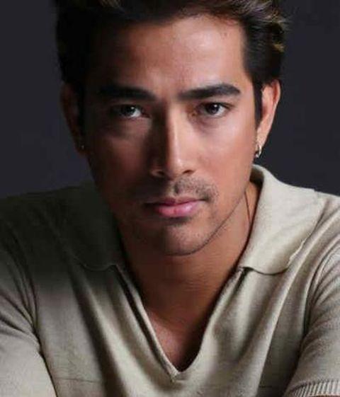 Actor Raymond Bagatsing
