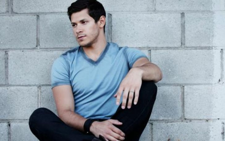 Who Is Alex Meraz Married To? Know His Wiki-Bio, Wife, Affairs, Children, Height, Age, Net Worth, and More