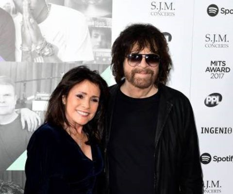 Jeff Lynne and Camelia Kath