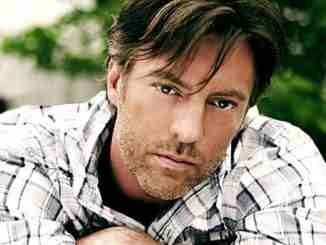 Darryl Worley married girlfriend turned wife Kimberly Lee Pekins and has children with her