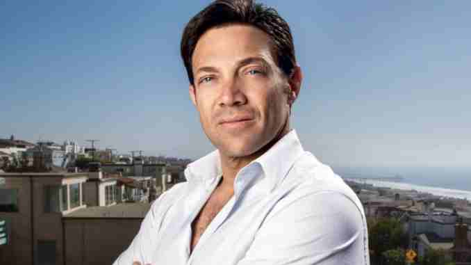 Jordan Belfort married girlfriend turned wife Denise Lombardo and Nadine Caridi but divorced; currently dating Anne Bobanny