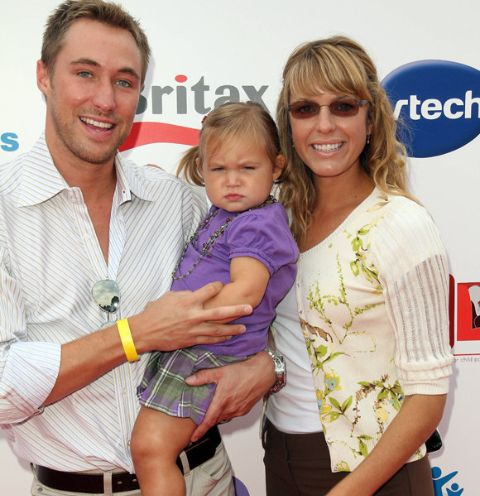Kyle Lowder wife and daughter