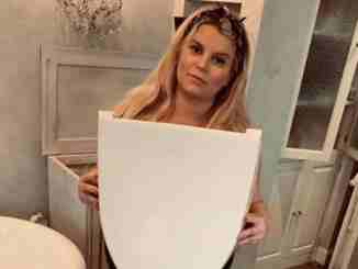 Jessica Simpson, who already has two children with husband Eric Johnson, is suffering from some awkward pregnancy mishaps