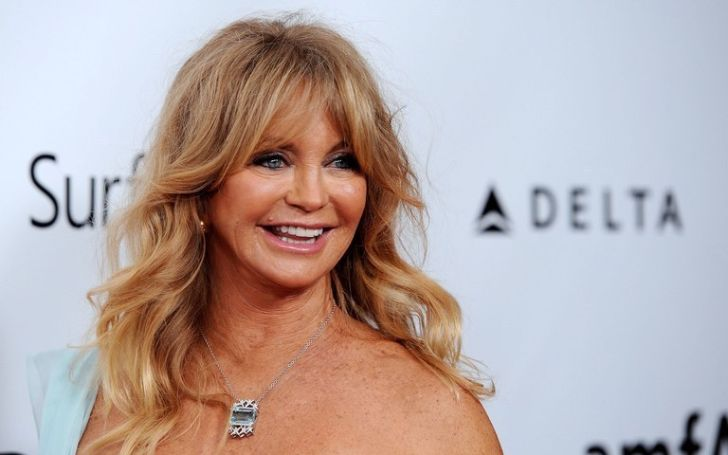 Goldie Hawn is dating her partner Kurt Russell after divorce with former husband Bill Hudson