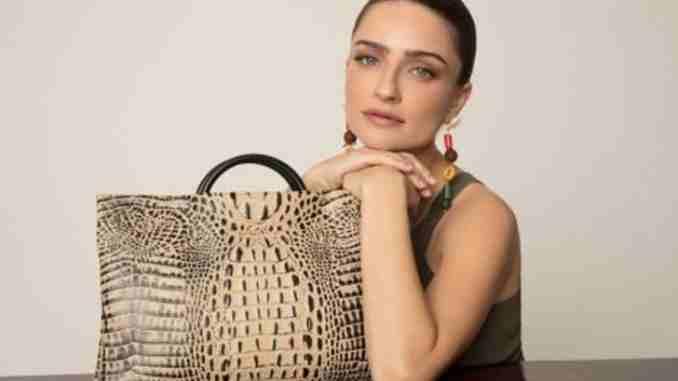 Ania Bukstein married, husband, children, net worth, earnings, wiki, bio, age, height, weight