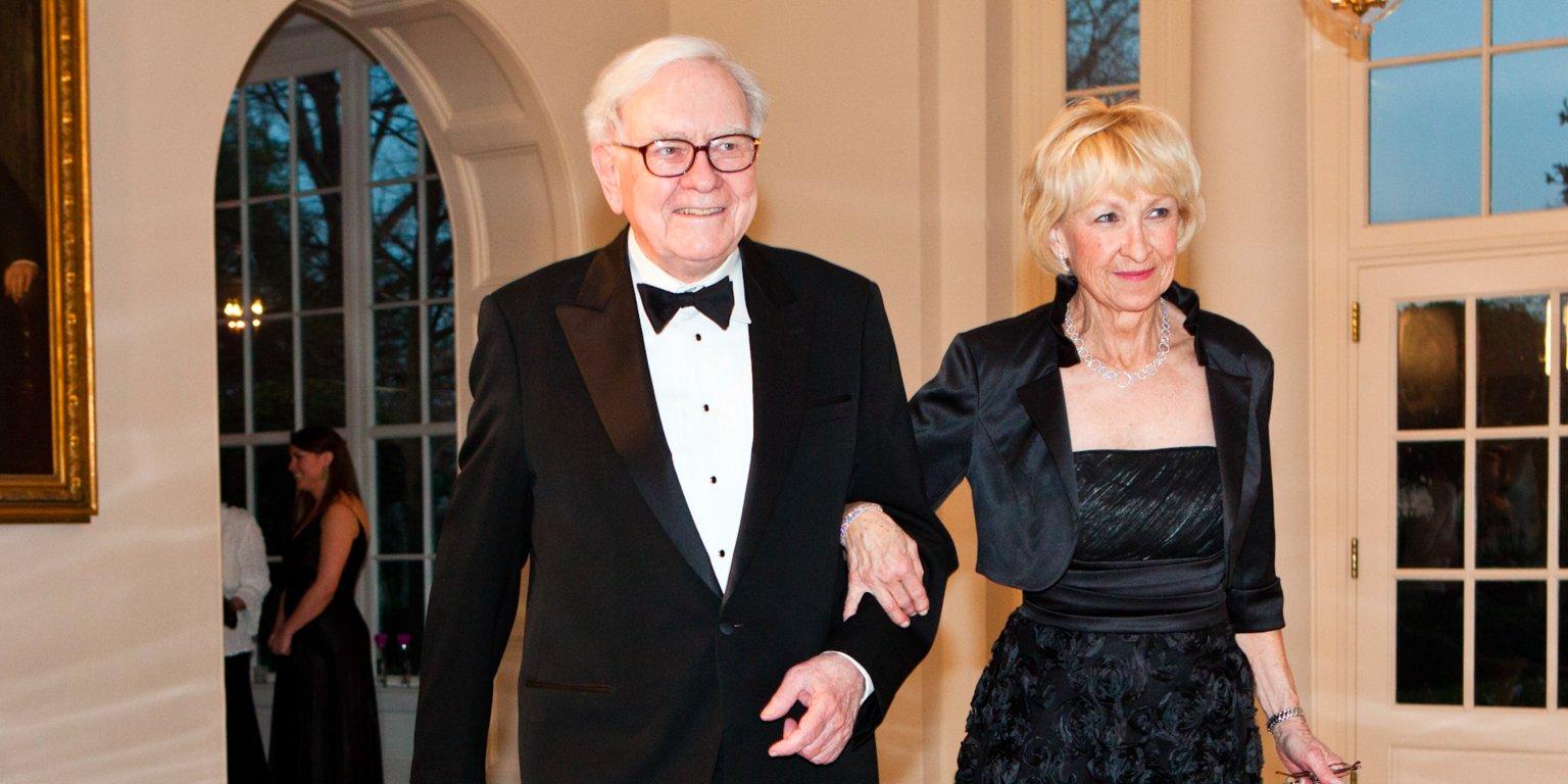 Astrid Menks with her partner Warren Buffett