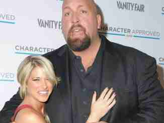Bess Katramados is married to her boyfriend turned husband Big Show