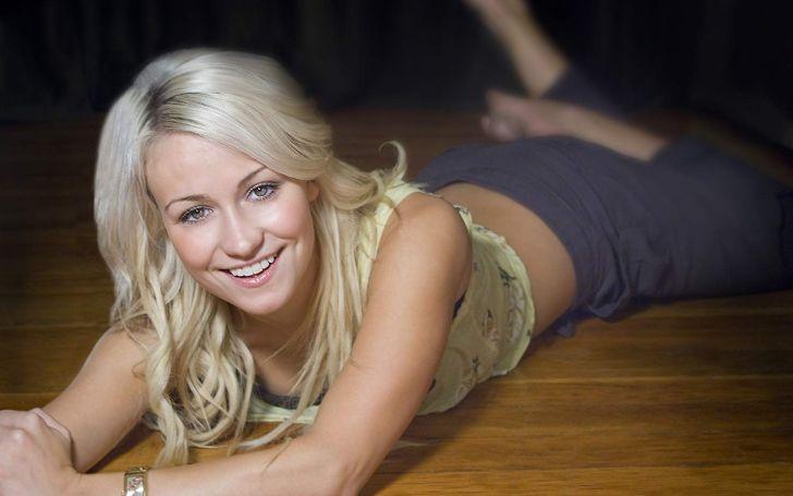 Chelsey Reist posing for the pic