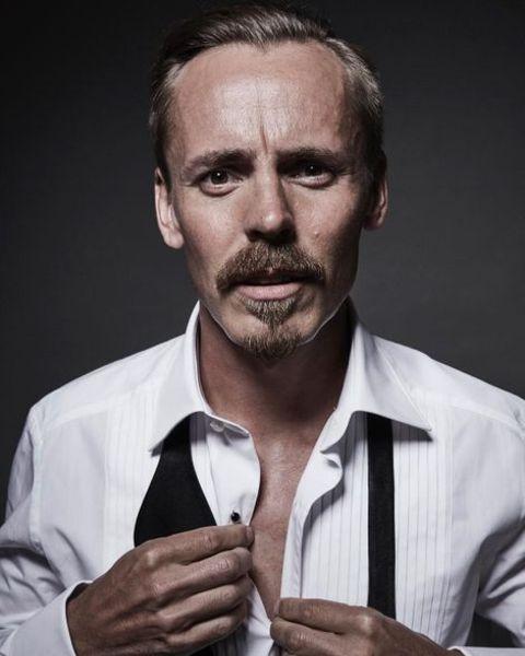 Jasper Pääkkönen posing for a photo