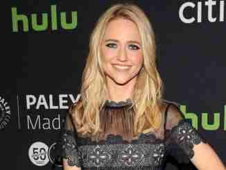 Johanna Braddy has an estimated $3 million as her total net worth
