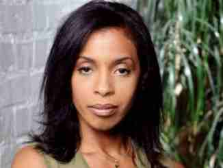 Khandi Alexander is not dating anyone, she has a net worth of $8 million
