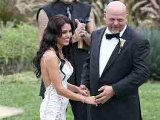 Deanna Burditt is the wife of Rick Harrison since 2013.