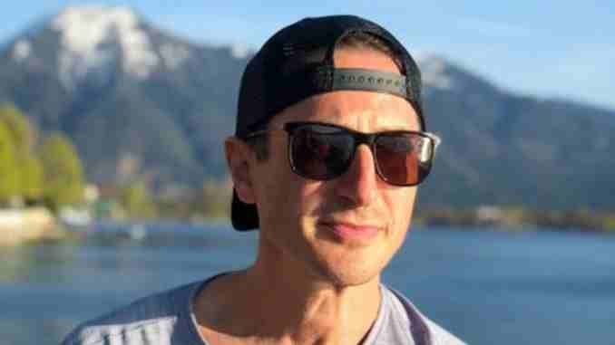 Sasha Roiz has a net worth of around $2 million which he earned from his career in Movies and TV shows