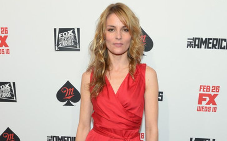 Susan Misner is in a married relationship with her boyfriend turned husband Jonathan Bernstein