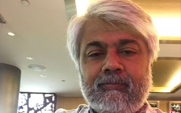 Tunku Varadarajan married, wife, children, net worth, earnings, salary, wiki, bio, age