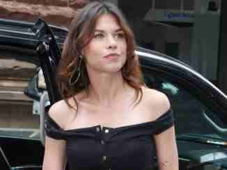 Ana Ularu has a net worth of around $2 million