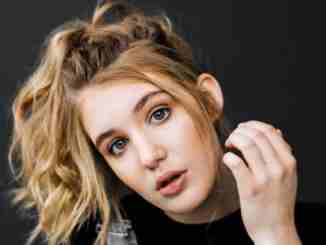 Sophie Nelisse is dating her partner Maxime Gibeault