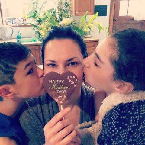 Kyra Zagorsky with her kids