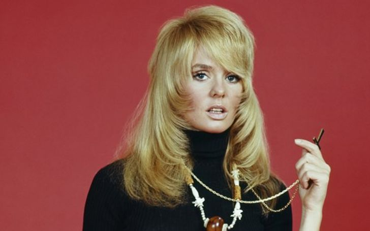 Joey Heatherton enjoys the net worth of $5 million earned from her career as an actress and singer.
