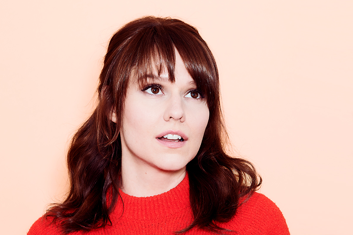 Claudia O'Doherty does not have boyfriend