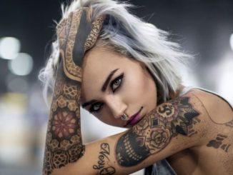 Felisja Piana an Instgram star has 1.8 million followers on her acounts.