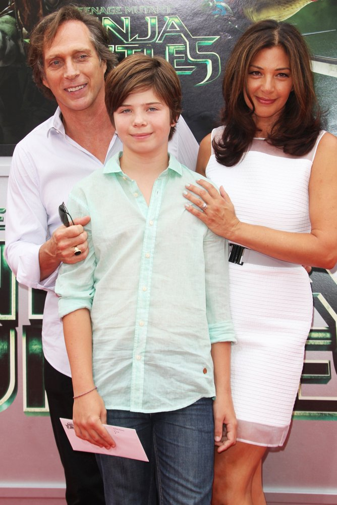Kymberly Kalil with her spouse William Fichtner and her child Vangel Fichtner