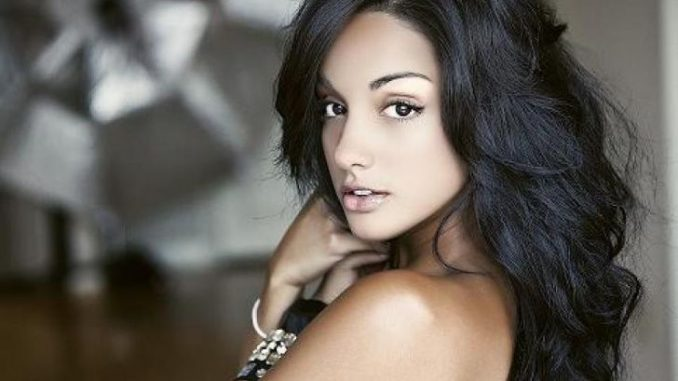 Brittney Alger is currently single as she has not been linked th any guy.