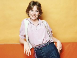 Lauren Tewes holds an estimated net worth of $2 million