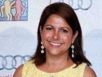 Susan Ursitti is married to husband Jonathan Sheinberg