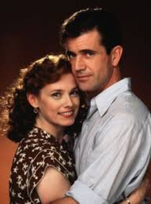 Isabel Glasser and Mel Gibson had an on-screen matchup in the movie Forever Young