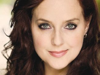 Suanne Braun is married to her husband Christopher Garner since 2002 and the couple shares a daughter.