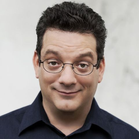 Andy Kindler is an actor and writer, known for Raising Dad (2001), Skins (1997) and Who's the Caboose? (1999). He has been married to Susan Maljan since May 26, 2002.