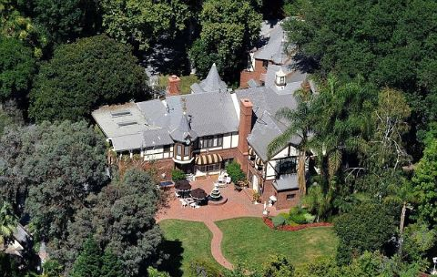 Paris Jackson was sometimes visited by her ex-boyfriend Michael Snoddy in this guest house.