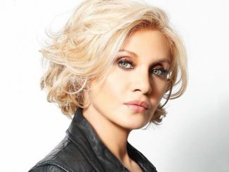 Orfeh enjoys the net worth of $6 million.