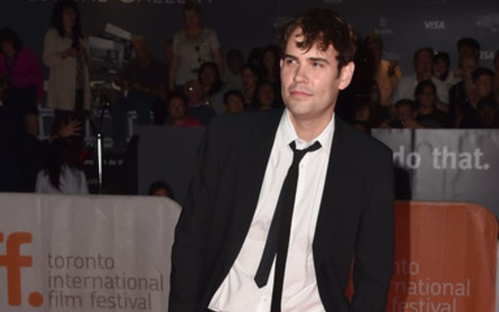 Rossif Sutherland even has one child with her spouse