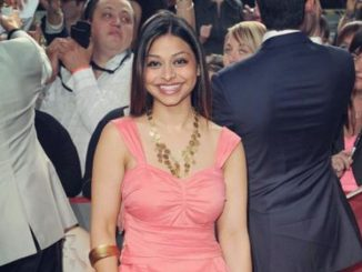 Ayesha Dharker lives with her partner