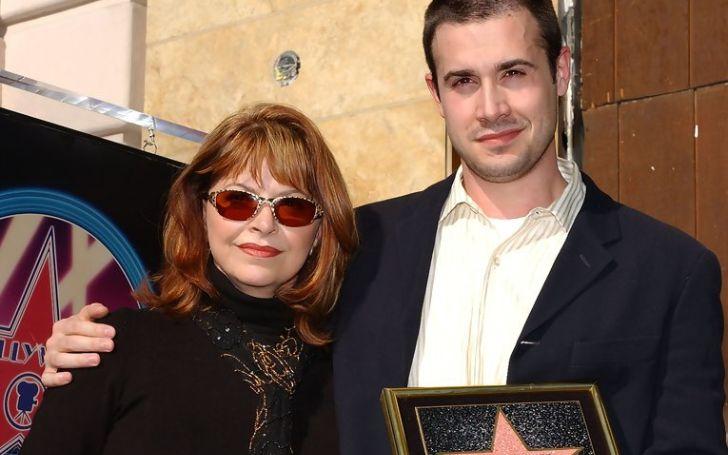Kathy Prinze Bio, Who is She Married to, Son Freddie Prinze Jr., Now, Age
