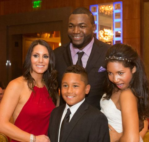 David Ortiz with his parner Tiffany Brick and their kids